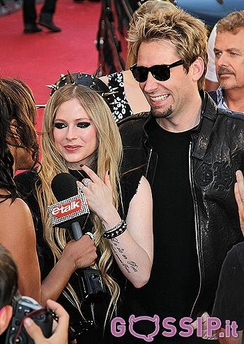 Avril Lavigne Matrimonio In Nero : Abito da sposa nero per avril lavigne gossip