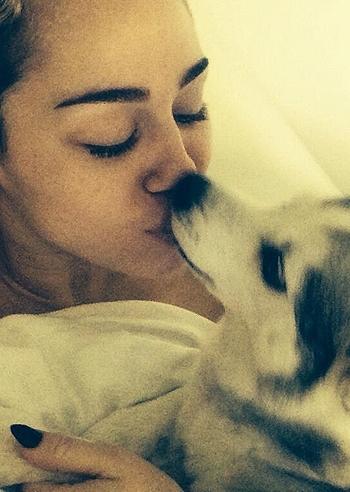 Miley Cyrus, il migliore amico è Fido