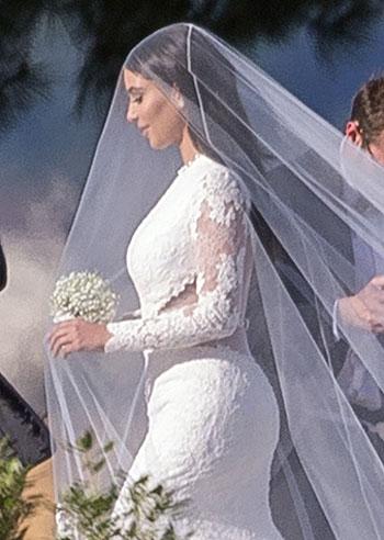 Kim e kanye sono ufficialmente sposati la cerimonia for Primo permesso di soggiorno dopo matrimonio