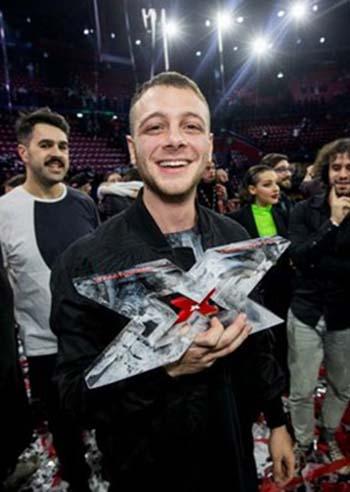 X Factor 12: vince Anastasio, il super favorito. Fedez ringrazia tutti e saluta il talent show