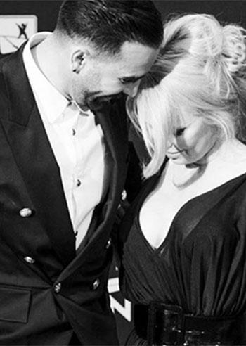 Pamela Anderson, è finita con Adil Rami, sul social lo sfogo: 'Mi ha tradita per due anni'