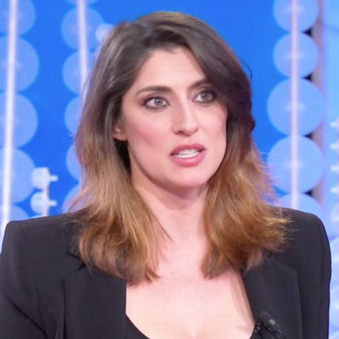 Elisa Isoardi e le offese sul web: 'Mi hanno detto che ho il polpaccio da cinghiale. Ho fatto ciclismo...'