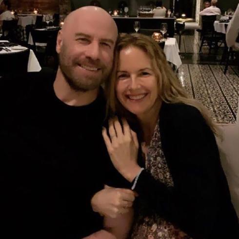 La moglie di John Travolta morta a soli 57 anni