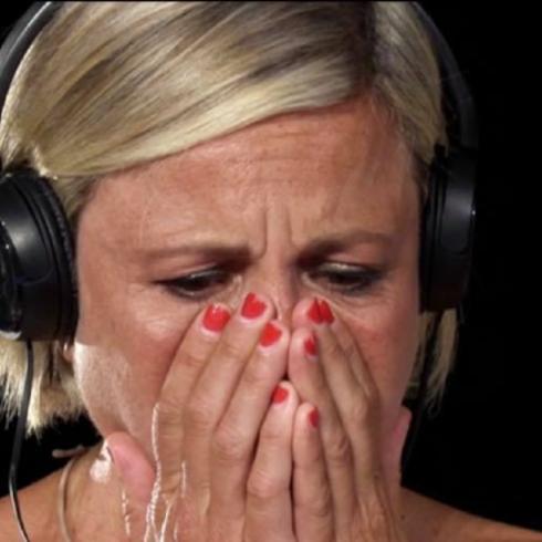 Antonella Elia in lacrime a 'Temptation Island': il fidanzato l'ha fatta grossa