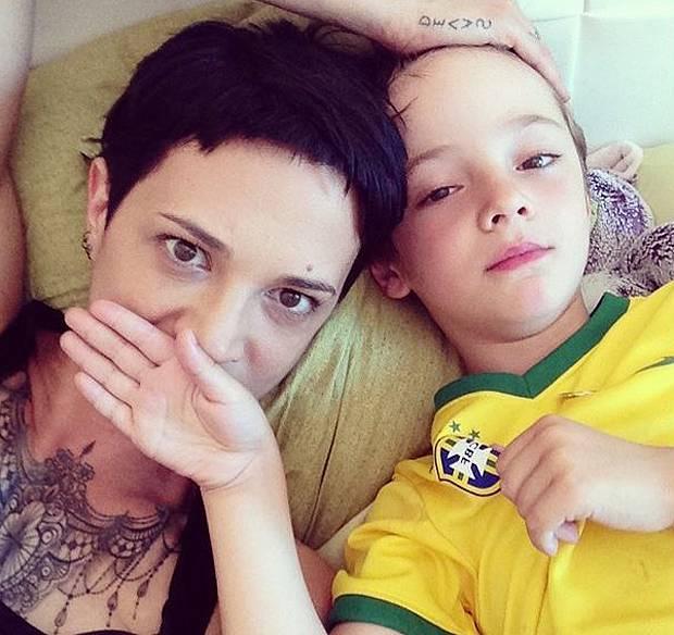 Asia Argento con il figlio Nicola ac0606074e9f