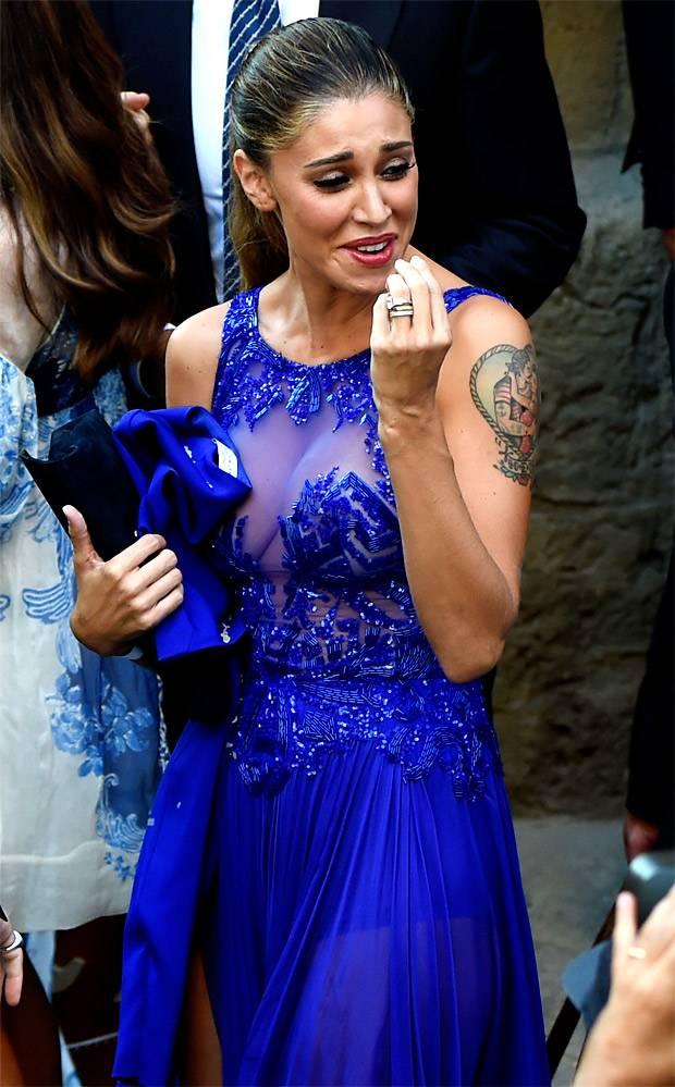 check out 096f5 55ad8 Belen Rodriguez in blu per la Canalis - Gossip.it
