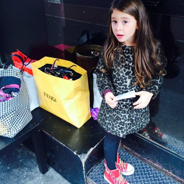 lowest price d751c d2fa8 Guendalina Canessa, Chloe una bambina 'modella' sul social ...