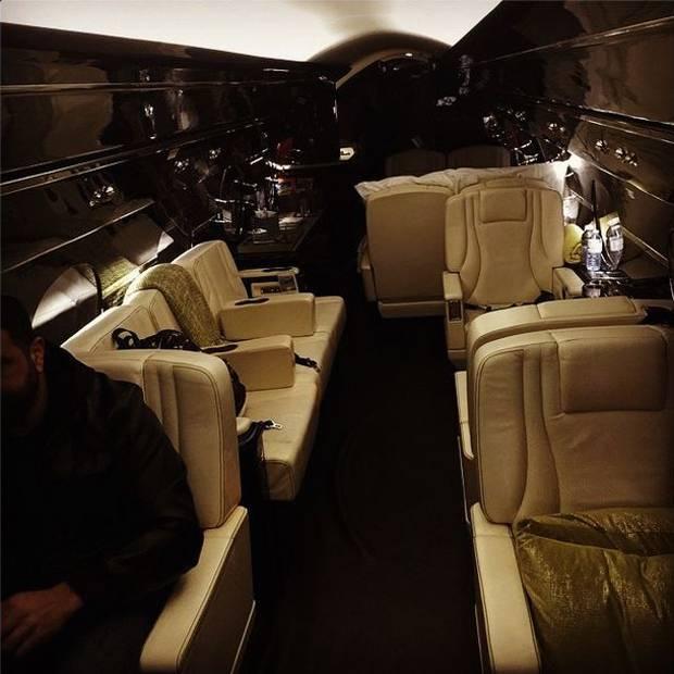 Aereo Privato Justin Bieber : Justin bieber si è regalato per natale un jet che vale