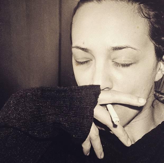 La debolezza fumante smessa e il capogiro hanno apparito