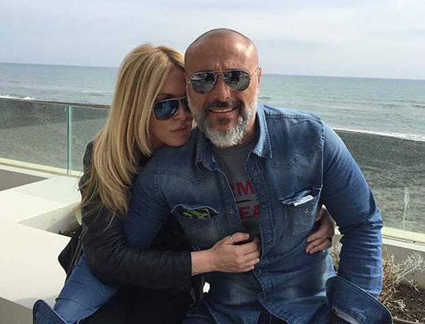 Roberta bruzzone brinda al divorzio con l 39 ex marito - Criminologa porta a porta ...