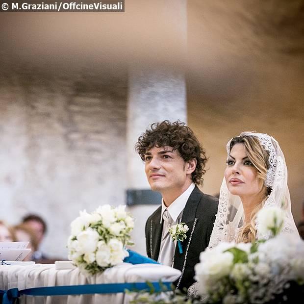 Matrimonio Ponzano Romano : Micol azzurro a nozze con matteo contini l attrice e