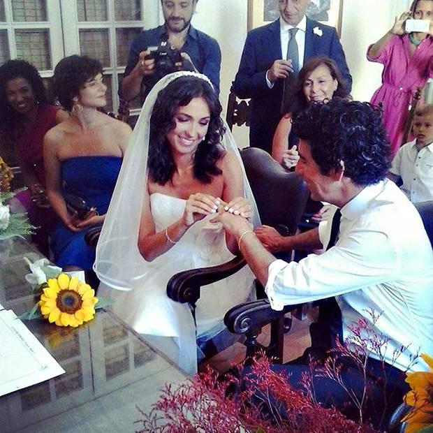 Auguri Matrimonio Per Chi Ha Gia Figli : Caterina balivo e guido maria brera hanno festeggiato il