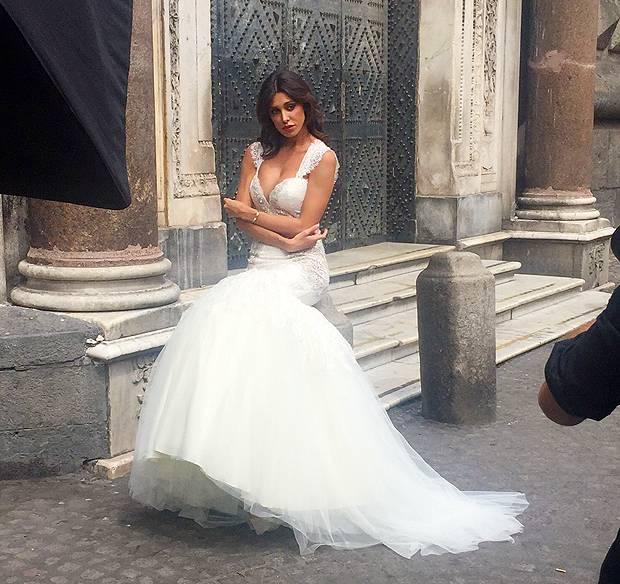 argentina è una sposa favolosa Napoli fa da set alla nuova campagna ...