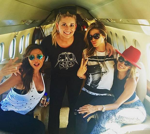 Jet Privato In Inglese : Aida yespica ha preso un jet privato ed è volata a las