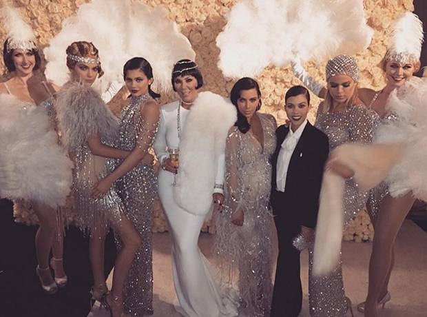 Estremamente Kris Jenner ha festeggiato i 60 anni con una festa di compleanno  LI22