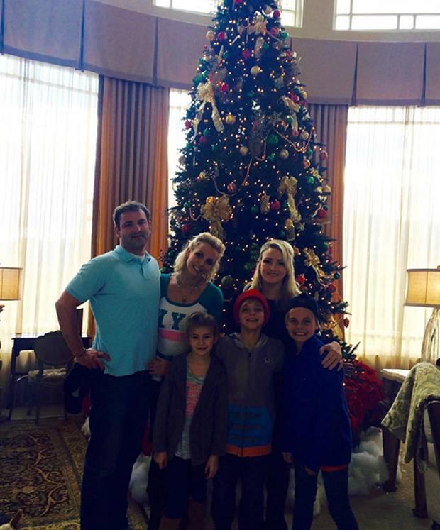 Britney spears ha festeggiato il ringraziamento con la - Fratello e sorella a letto insieme ...