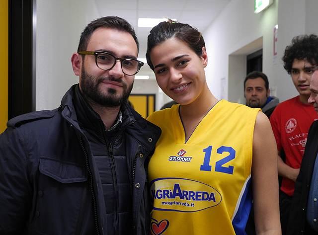 Miss italia alice sabatini torna a giocare a basket per ...