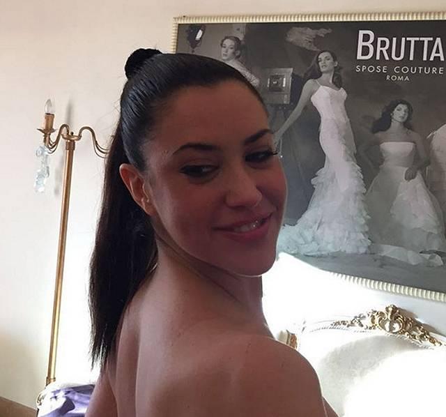 Matrimonio In Ferrari : Claudia ruggeri dirà sì a marco bruganelli la poliziotta