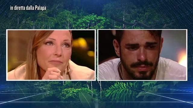 Isola dei Famosi 2016: Tara e Cristian in Lacrime