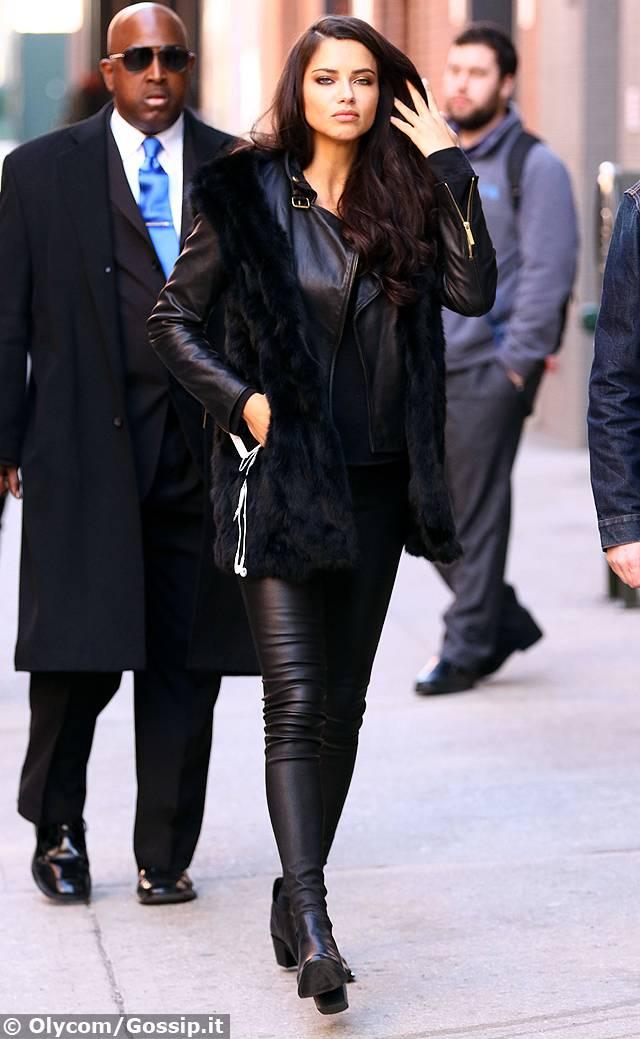 Adriana lima fresca di divorzio bellissima a new york for Adriana lima marito