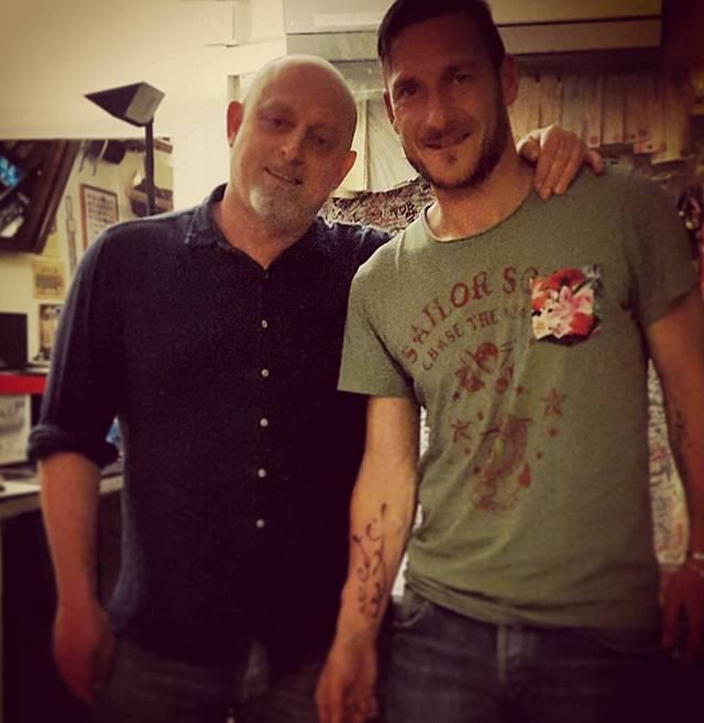 Striscia La Notizia: Tapiro d'oro a Francesco Totti ed a Luciano Spalletti