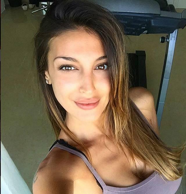 Paola rodriguez mi ex del bine masturbandosereg - 2 10