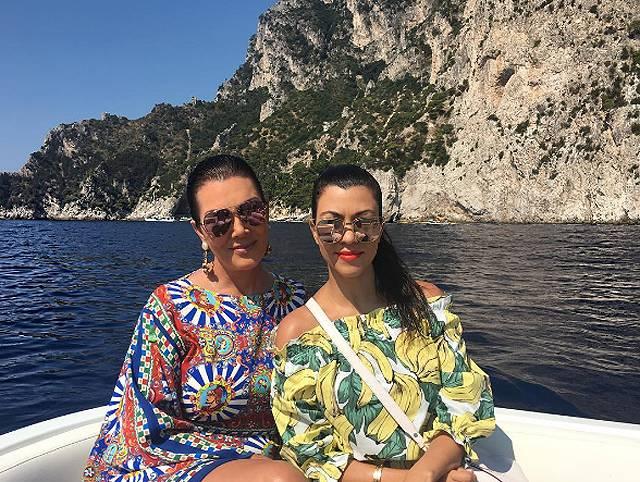 Il clan Kardashian è in vacanza in Italia!