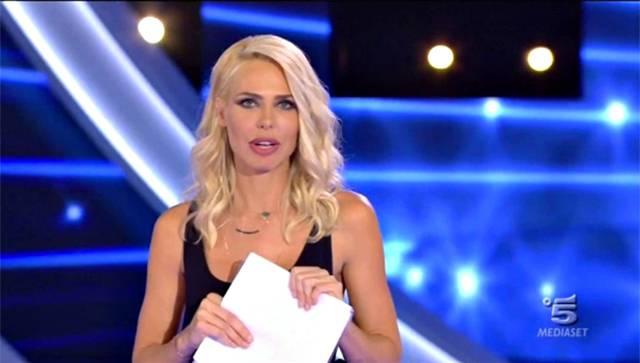 Laura Freddi piange al GF Vip: