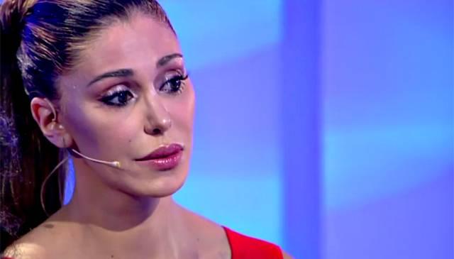 Belen Rodriguez commossa a'C'è posta per