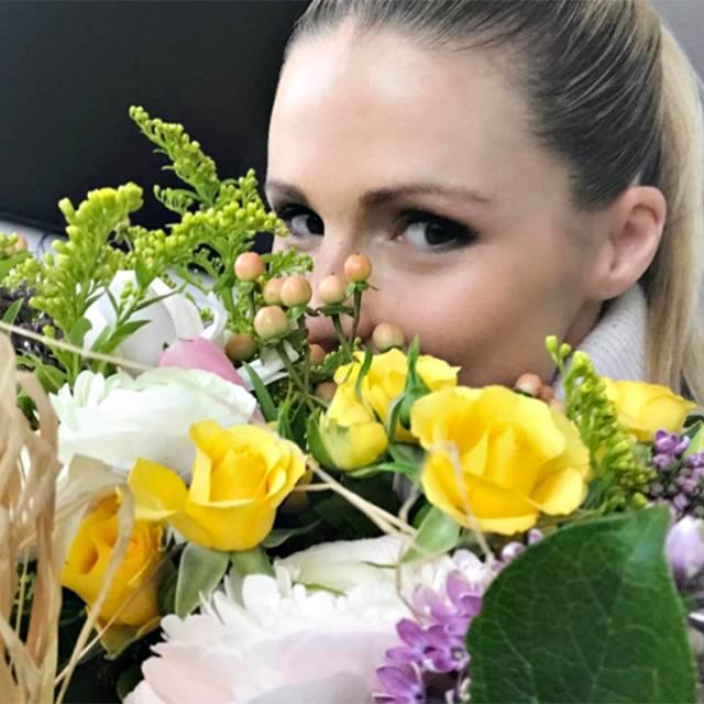 Michelle Hunziker Fiori Per Il Compleanno In Anticipo