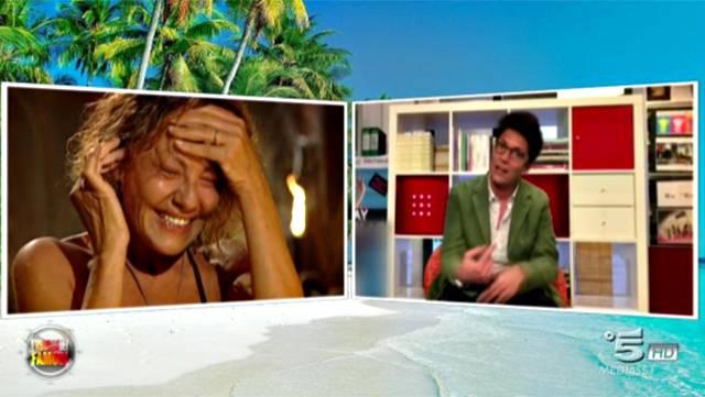 Isola dei famosi 12: Eva Grimaldi riceve messaggio da Imma Battaglia