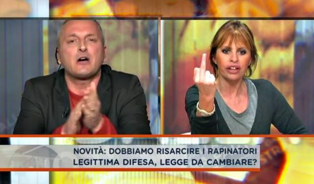 Alessandra Mussolini, dito medio e polemica con Daniele Martinelli