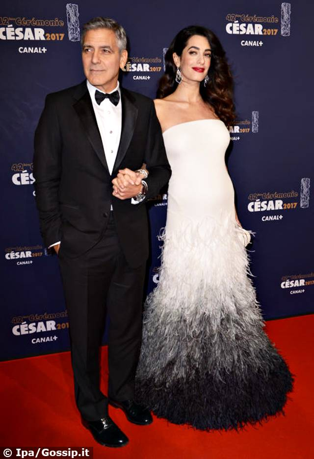 George Clooney, ai César primo red carpet con Amal ...