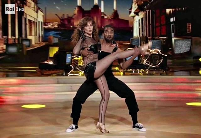 Giuliana De Sio contro Ballando con le Stelle