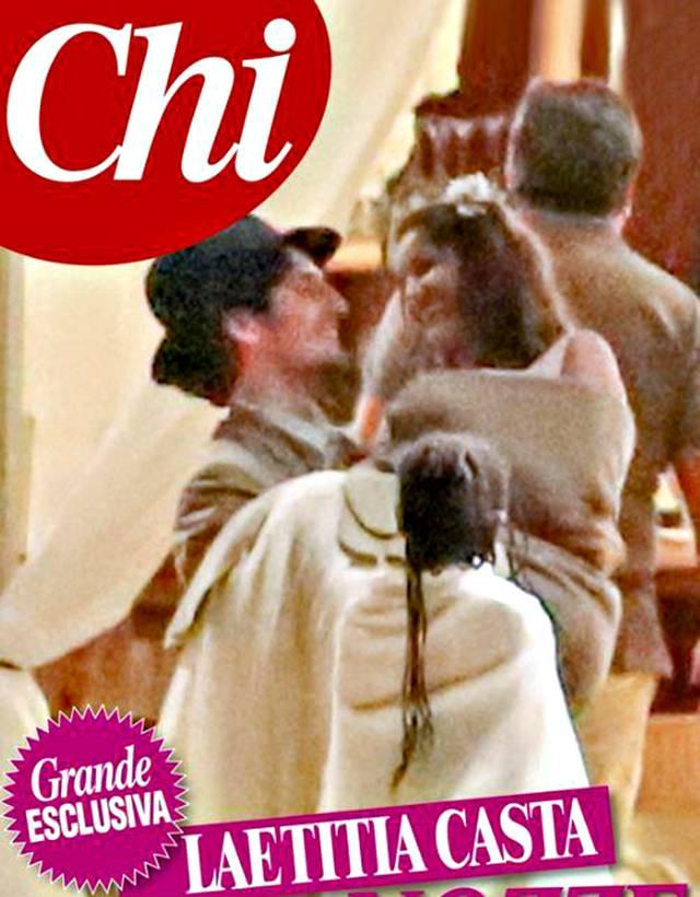 Matrimonio a sorpresa per Laetitia Casta, splendida sposa sulla spiaggia