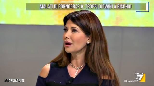 Malena la Pugliese attaccata da Susanna Messaggio: