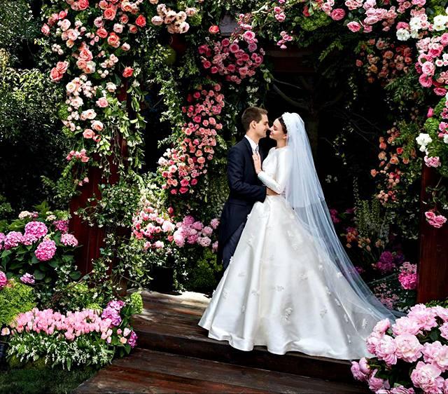 Miranda Kerr ed Evan Spiegel, svelate le foto dell'abito da sposa