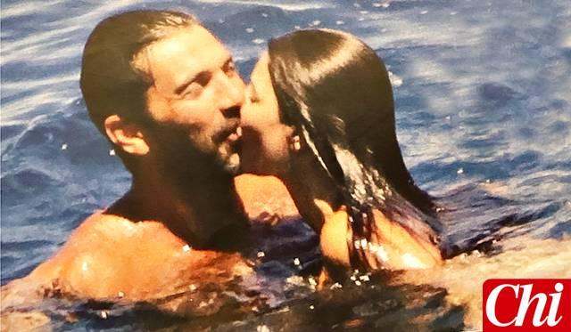 Gigi Buffon e Ilaria D'Amico, baci ed effusioni sullo yacht FOTO