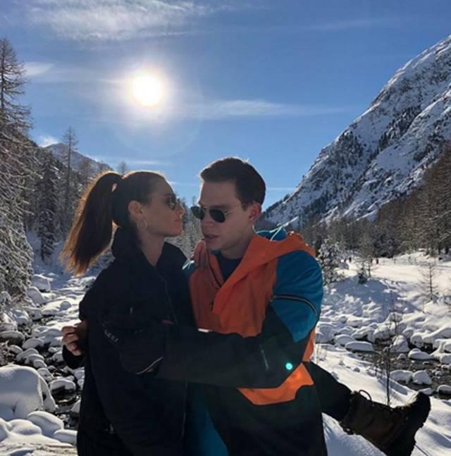 Dayane Mello E Carlo Gussalli Beretta Vacanza Romantica In Montagna Gossip It