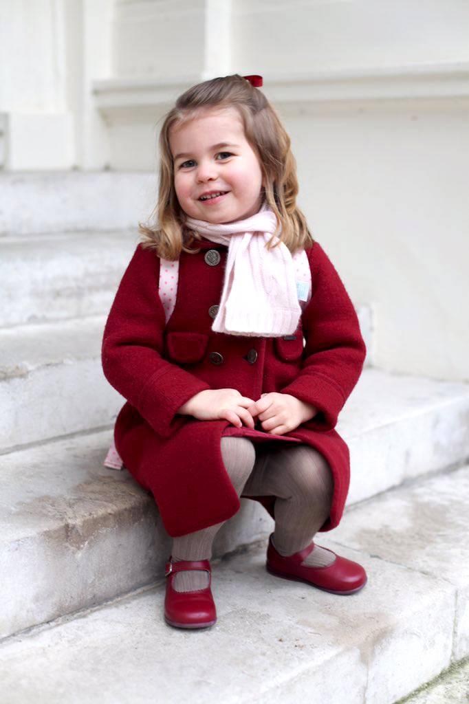 9432b5f45c7a Principessina Charlotte, le foto del primo giorno d'asilo - Gossip.it