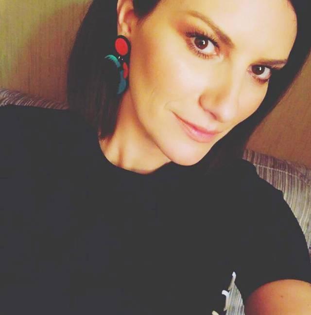 Laura Pausini a Sanremo 2018 ospite della Finale VIDEO