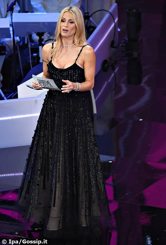 2018 Con Abiti Alla Hunziker Di Sanremo Prima Michelle Gli Y6yfgb7v