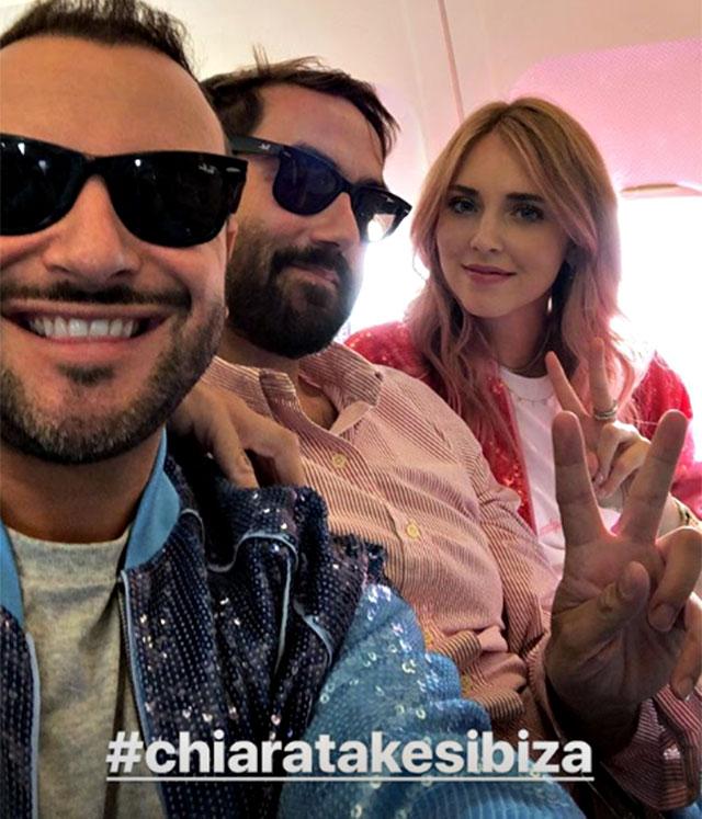 Chiara Ferragni, capelli rosa e foto su Instagram:
