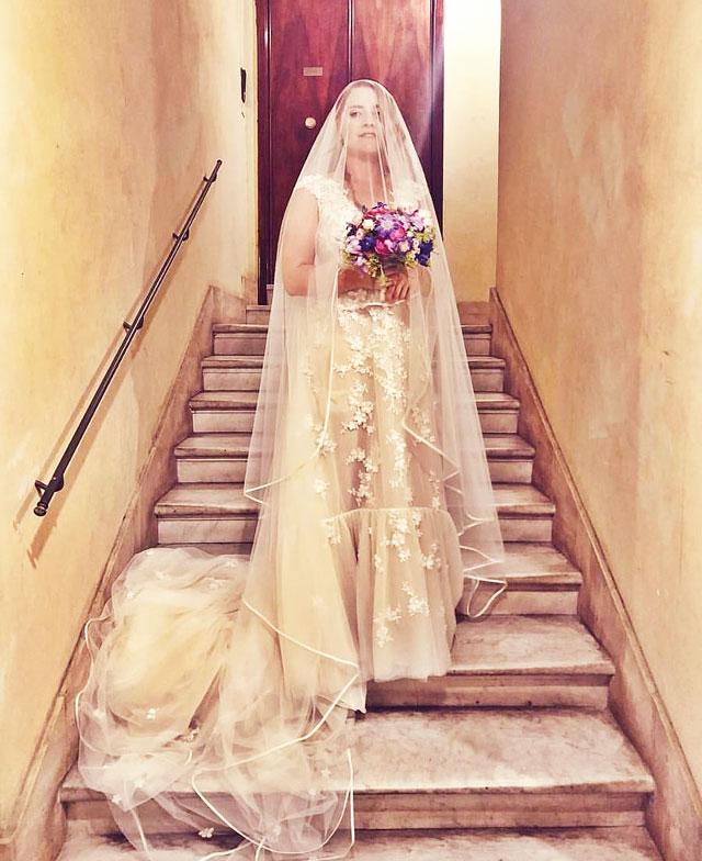 Matrimonio Noemi : La cantante noemi si è sposata con il suo fidanzato e