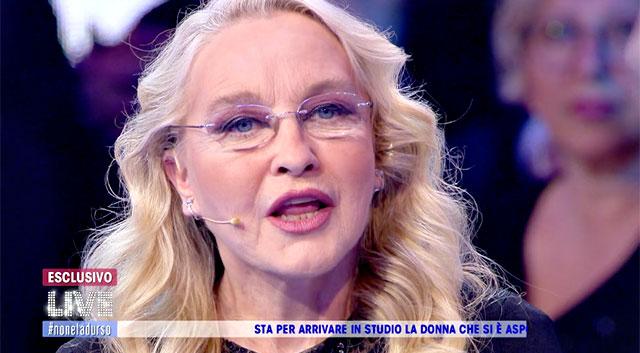 Eleonora Giorgi a 'Live - Non è la D'Urso'