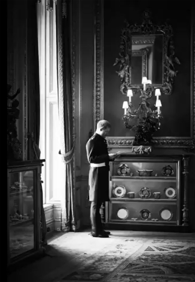 Il Principe Harry 'ripassa' prima della cerimonia
