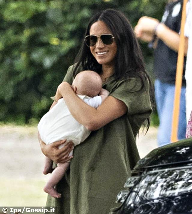 Meghan Markle con il piccolo Archie in braccio