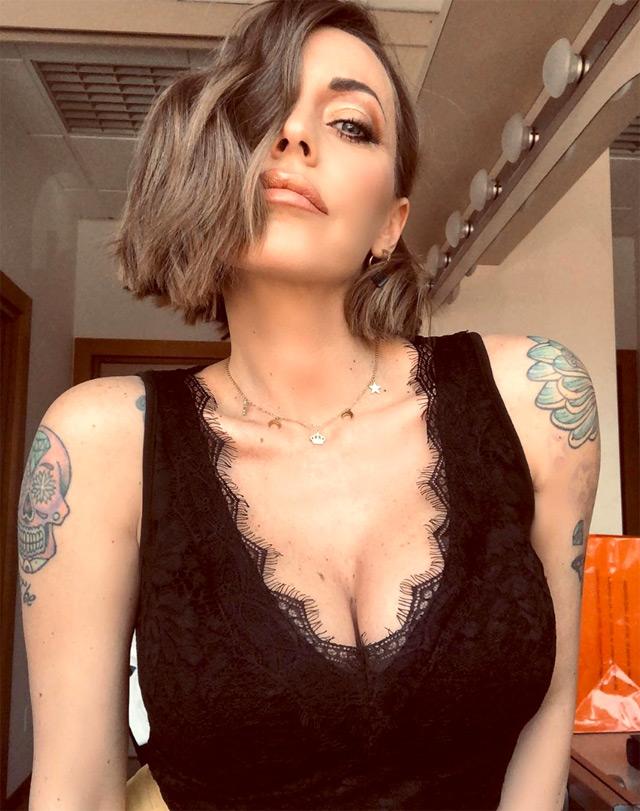 Karina Cascella, protagonista di un duro scontro con Teresa Cilia