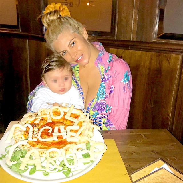 Paola Caruso insieme al figlio Michelino