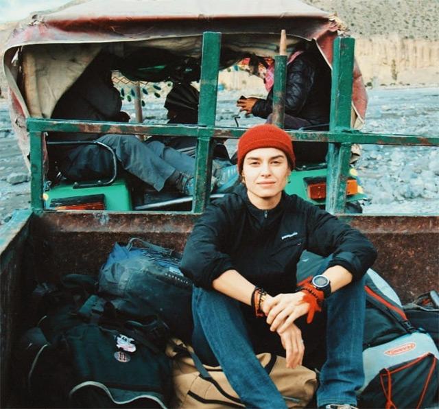 Kasia Smutniak durante uno dei suoi viaggi in Nepal